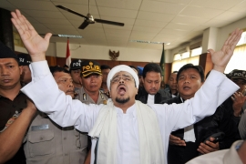 http://www.thepersecution.org/world/indonesia/10/08/rizieq_shihab_fpi.jpg
